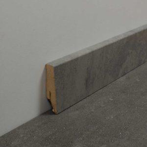 Bodenschatz-Sockelleiste-Concrete-Grey